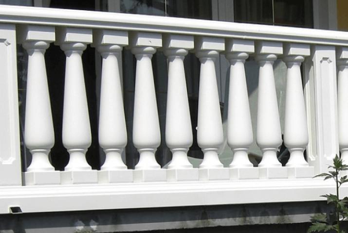 Thumbnail for Einfamilienhaus mit Balustraden